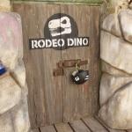 photo-La porte de l'épreuve du Rodéo-Dino
