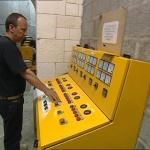 photo-Les cellules des électriciens (cellule 002) en 2004